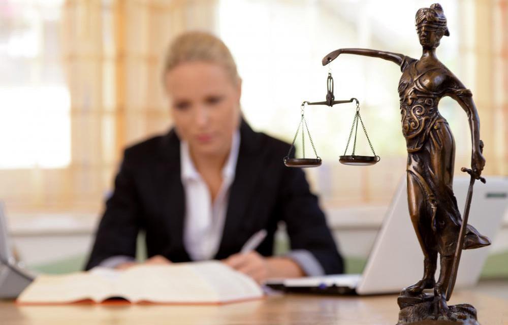 понятие юридических коллизий